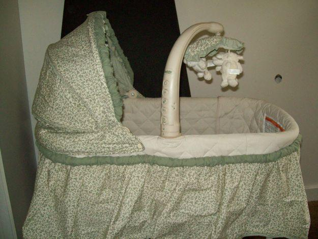 Bassinet And Changing Table2