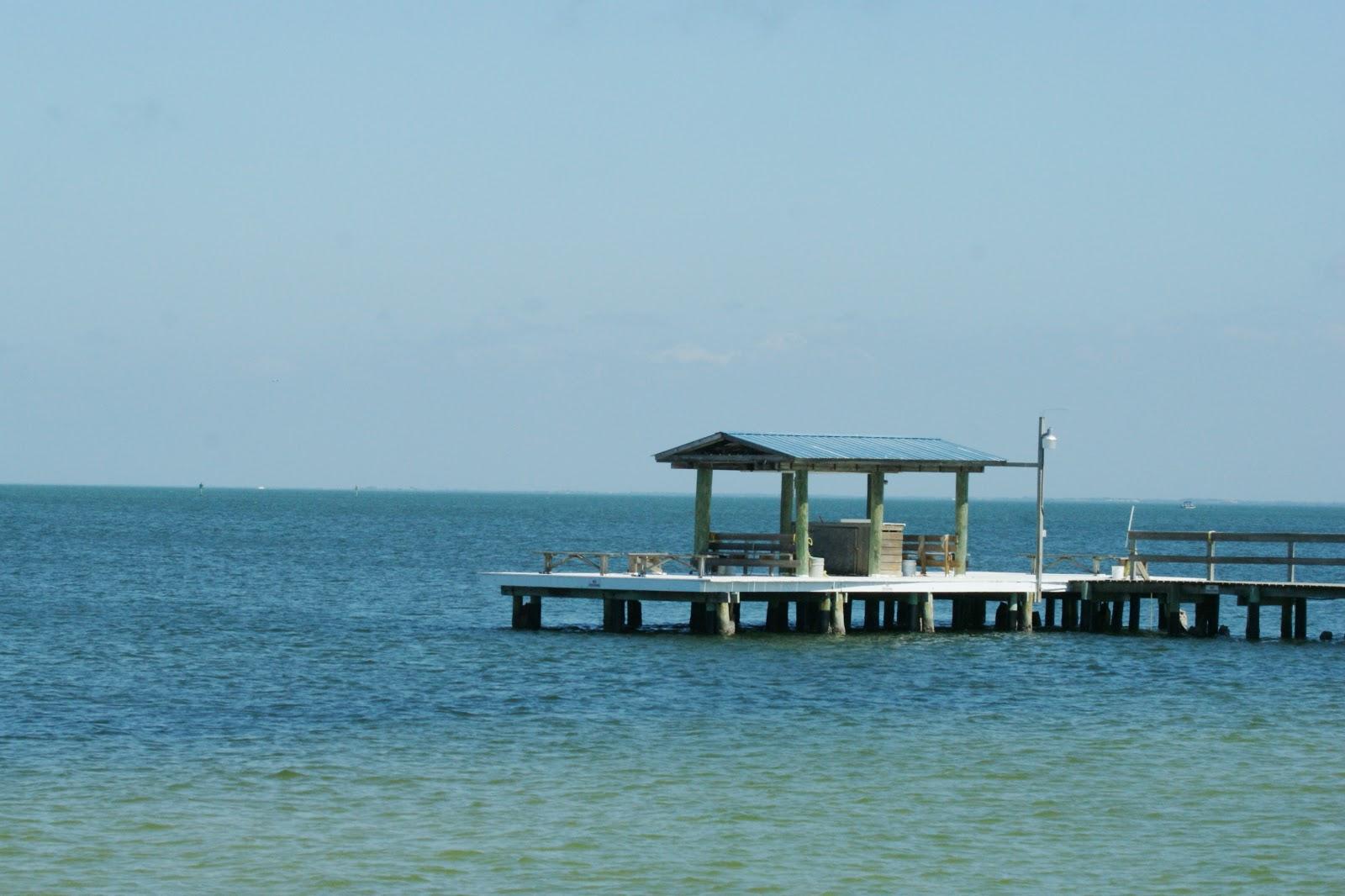 The sand the sea and me bokeelia pine island for Bokeelia fishing pier