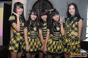 JKT48 - Yellow