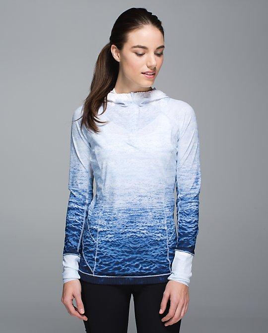 lululemon waterbound hoodie