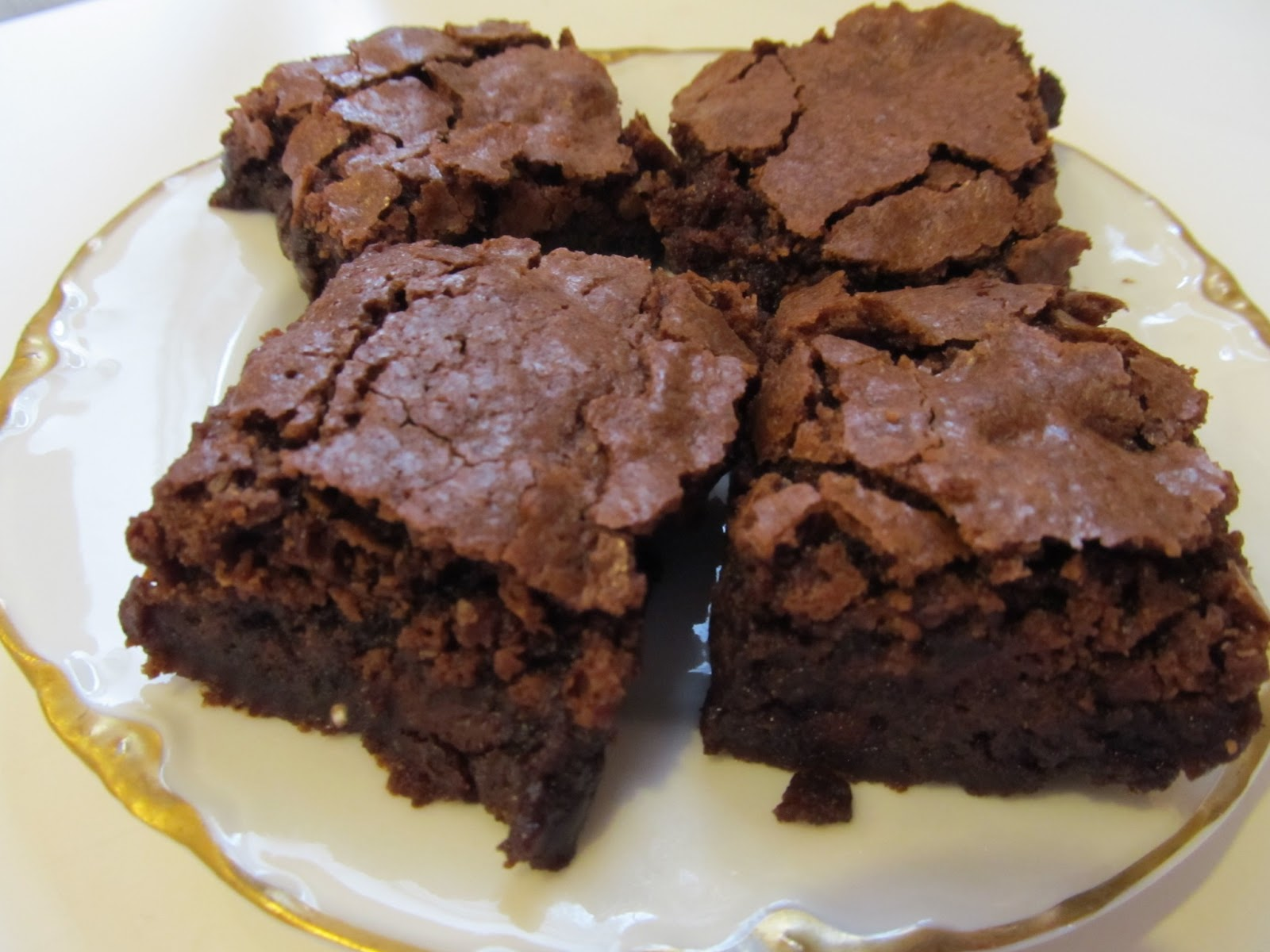 Kim's Cooking and Gardening: Chewy Chocolate Brownies