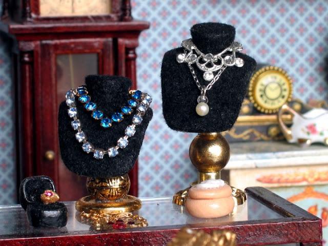 dollhouse jewelry