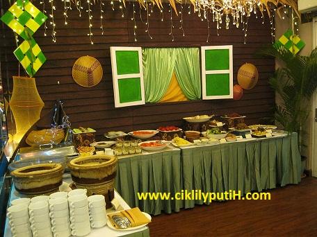 hidangan yang di inspirasikan dari makanan tradisional dan masakan di