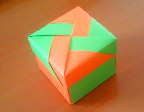Origami Maniacs Beautiful Square Box By Tomoko Fuse