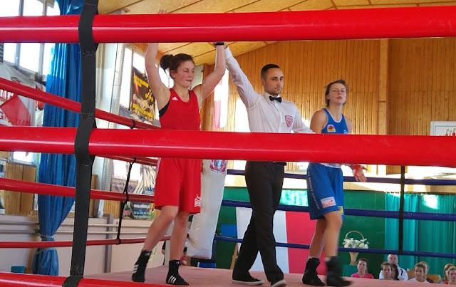 Wygrana walka - SKF BOKSING Zielona Góra w finale IV Młodzieżowych Mistrzostw Polski Kobiet w Boksie - Grudziądz 2015!