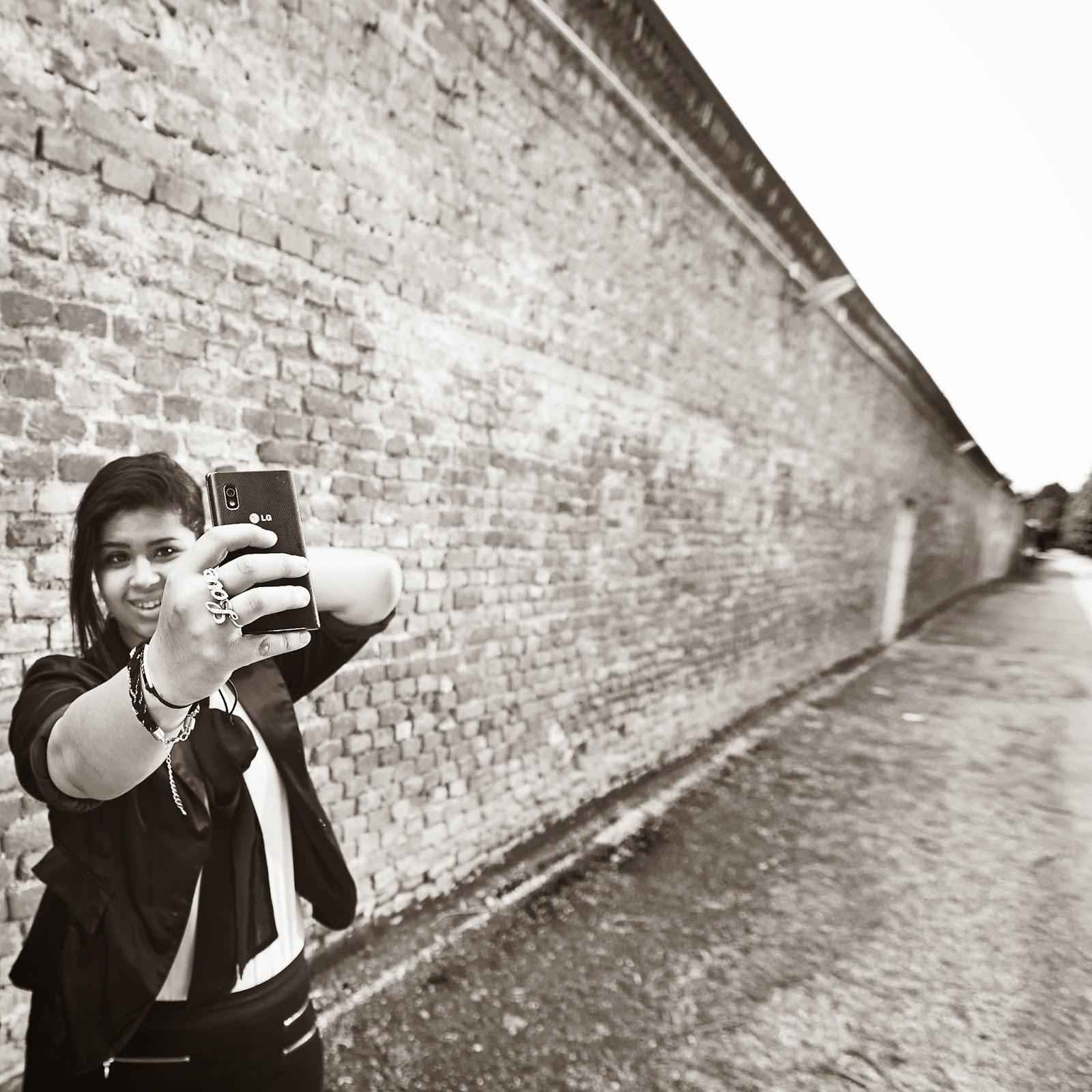 #matthiasheschl #photography #ltag #selfie #lg #vienna #augarten #leopoldstadt #canon #1dx #love