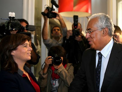 Foto de Catarina Martins do Bloco de Esquerda e António Costa do PS