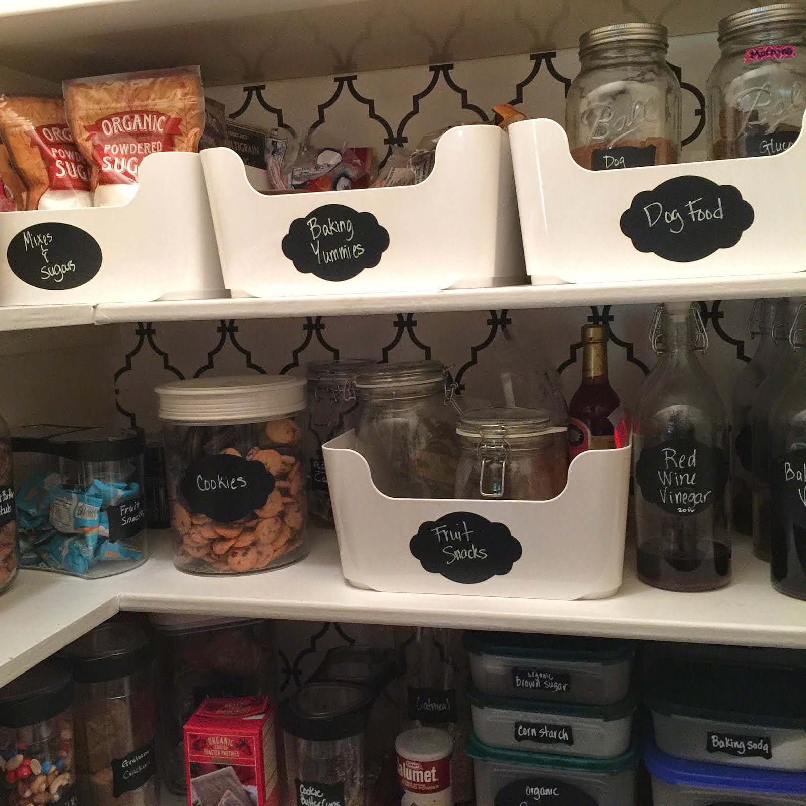 Organized pantry with chalkboard labels :: OrganizingMadeFun.com