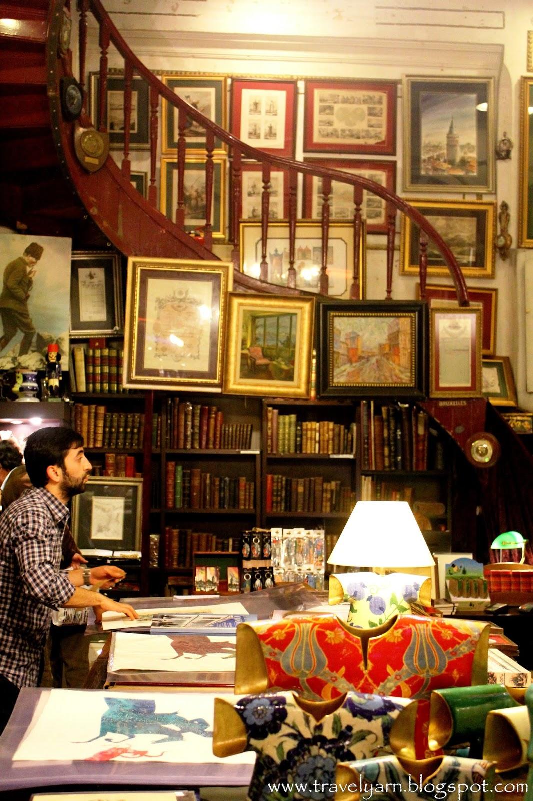 Book Store: Denizler Kitabevi In Istanbul, Turkey