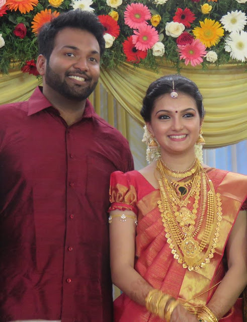 Actress Saranya Mohan -Aravind Krishnan wedding reception