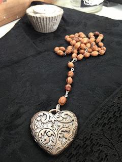 halsband, hjärta, rosenkrans