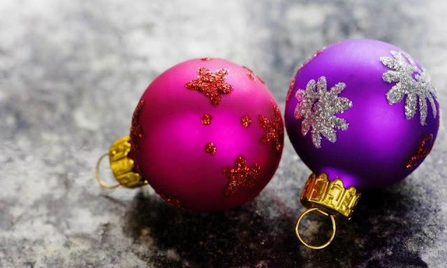 hanging ball decorations