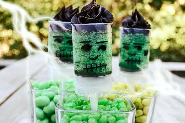 Halloween Frankenpops push pops