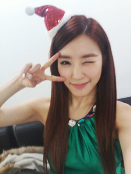 Tifanny SNSD CHRISTMAS SELCA PHOTO UPDATE