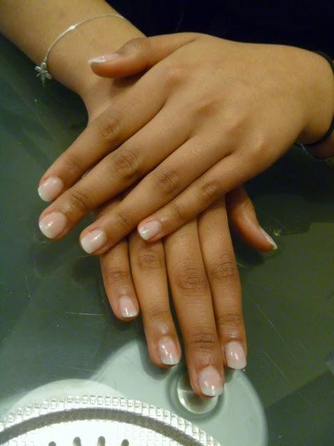 fluffy nails poses de faux ongles en gel look naturel. Black Bedroom Furniture Sets. Home Design Ideas