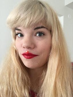 Elisa Poutasen pohdiskeleva lifestyle-blogi