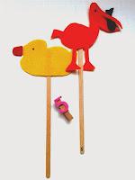 Marionetas de patito de goma y de pelícano ©Selene Garrido Guil