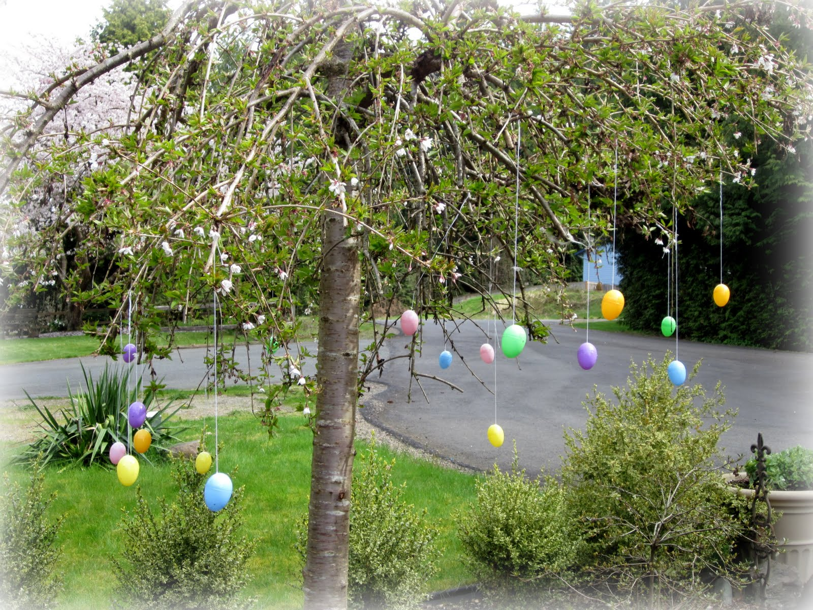 Thoughts that stick outdoor easter decor - Outdoor easter decorations ...