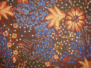 Rembang Kreatif: Batik Lasem, Batik Tulis dengan Warna dan Motif Khas