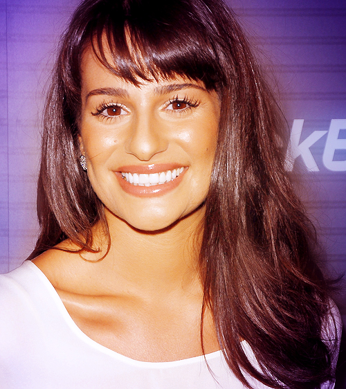 Lea Michele Hairstyles 45