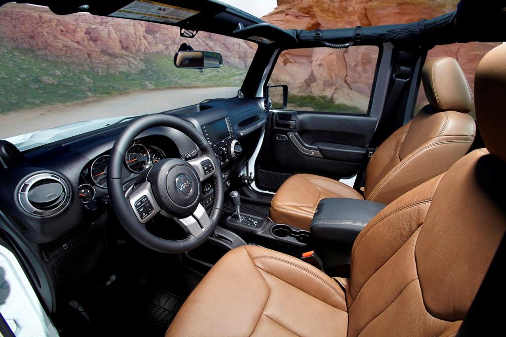 Jeep+Wrangler+Moab+2+(Large).jpg