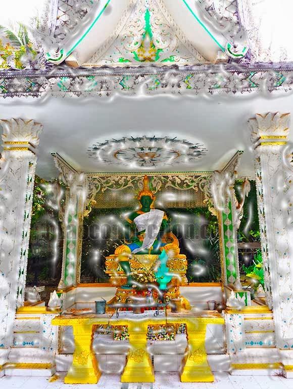 2013 December Laos Trip - Seated Green Buddha, Vientiane