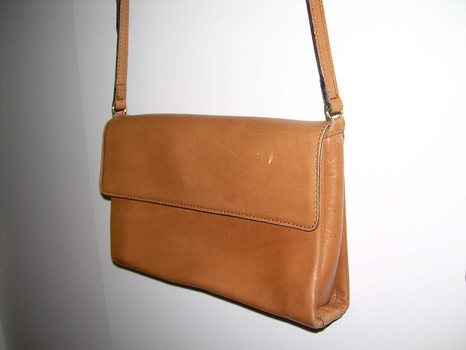 Longchamp Hobo Laukku Hinta : Toisen k?den laukku vaaleanruskea olkalaukku three bags
