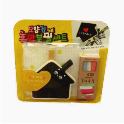mini wooden clip chalkboard