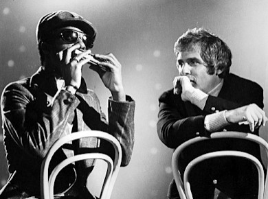 "STEVIE WONDER Plays ""ALFIE"" on The Harmonica ""It's AMAZING"""