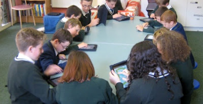 school gives ipads to students