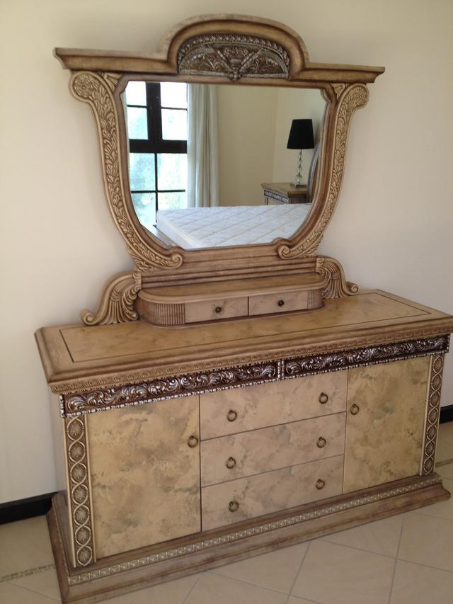 Modern furniture modern dressing tables designs - Table designs ...