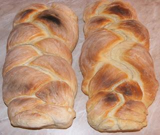 impletita, paine impletita, paine impletita de casa, paine, paine de casa, retete paine, reteta paine, retete de paine, retete culinare, preparate culinare, retete paine de casa, retete paine impletita,