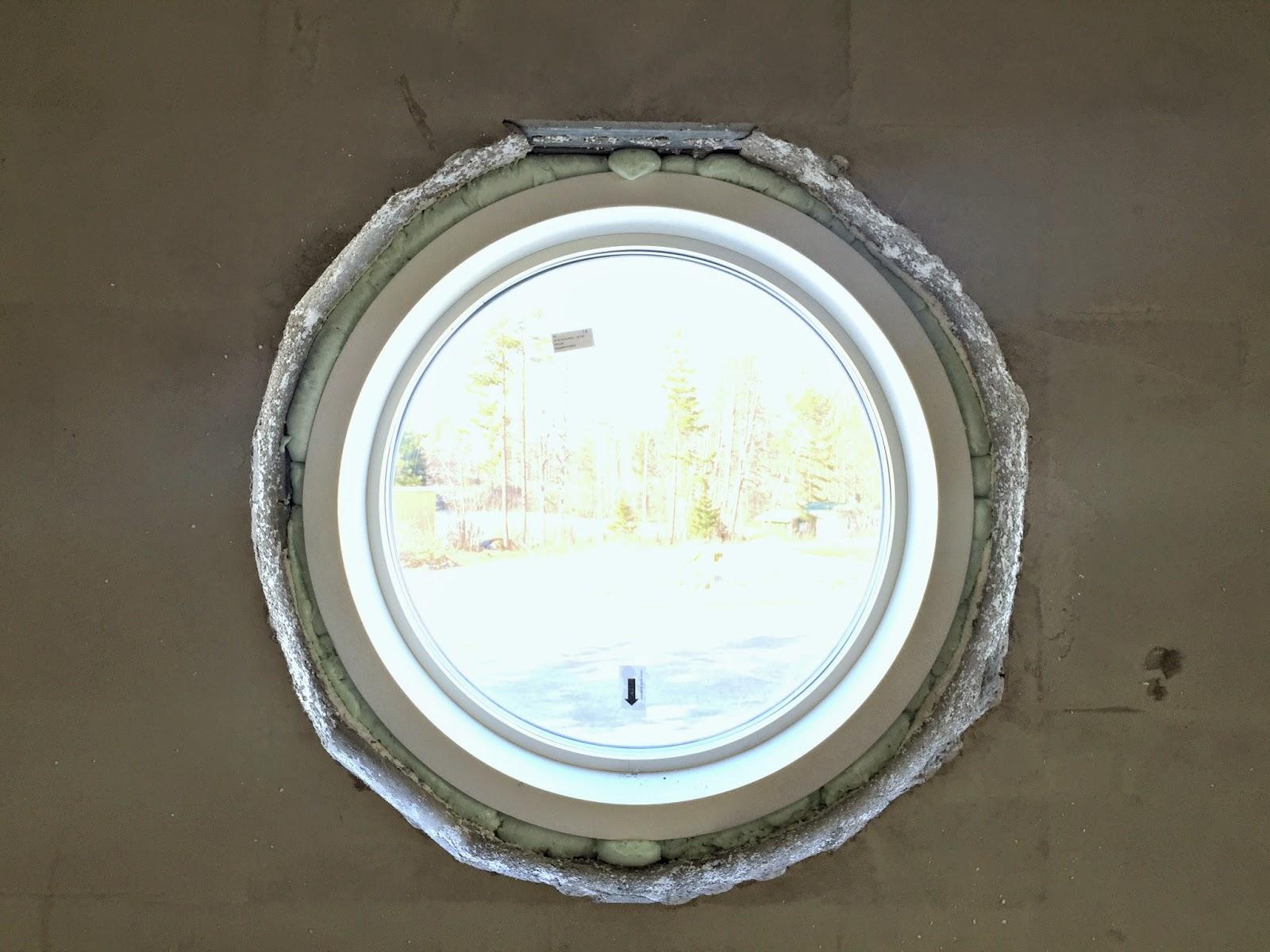 ikkuna, pyöreä ikkuna, skaala, kivitalo