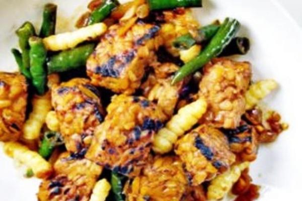 Mushroom Roasted Tempeh. Nusantara Culinary