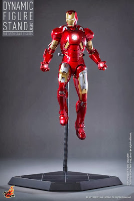 Hot Toys 1/6 Scale Dynamic Figure Stand