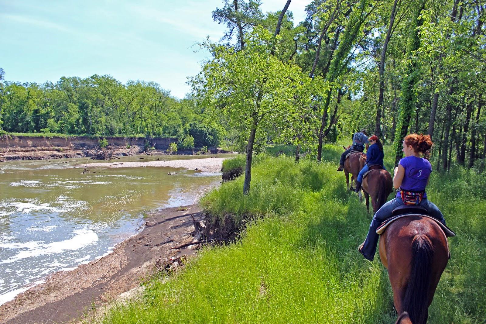 Dallas Trinity Trails: Horseback Riding The Trinity River
