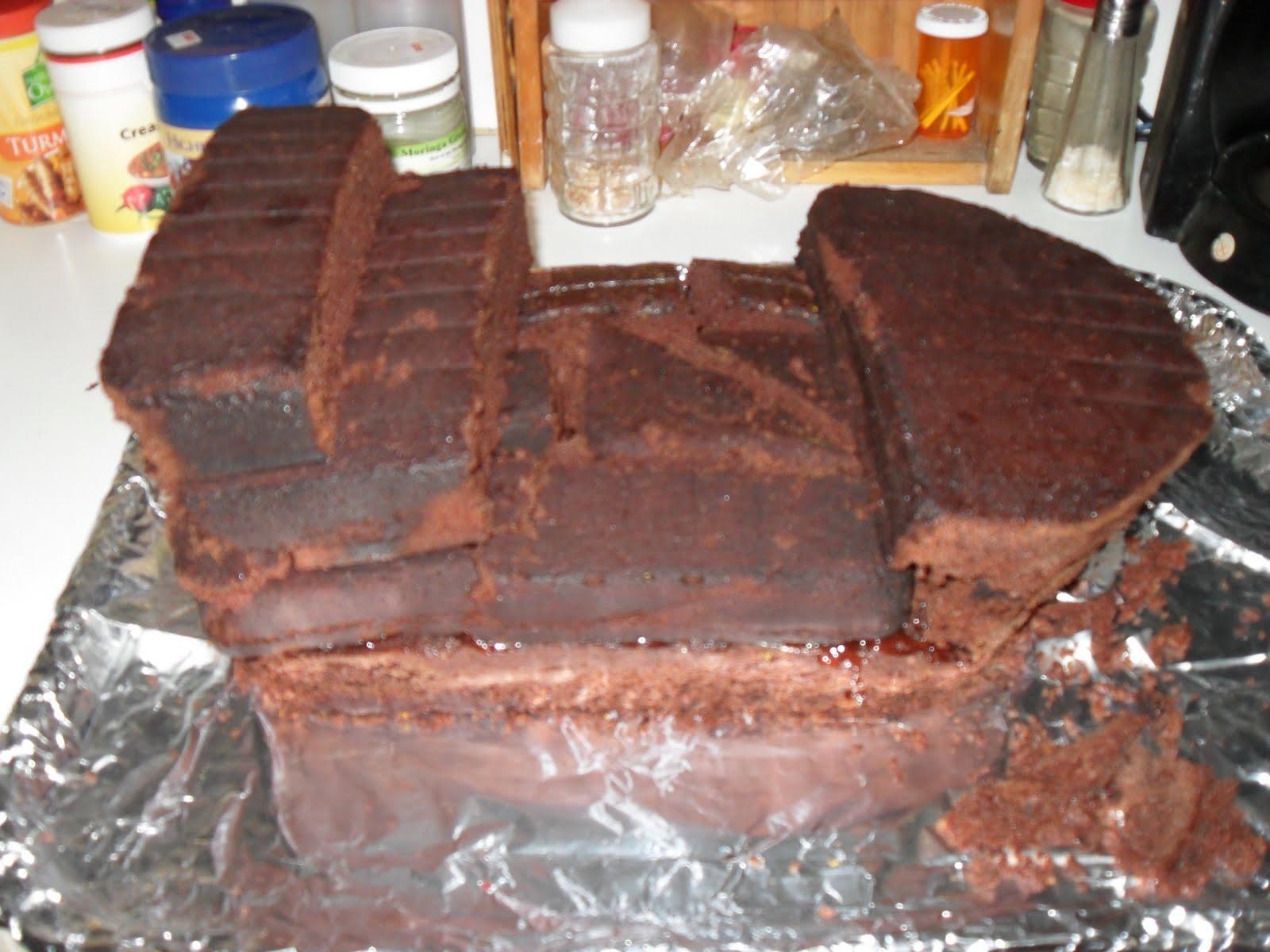 Novelty Cake Designs How to Make a Pirate Ship Cake and Treasure