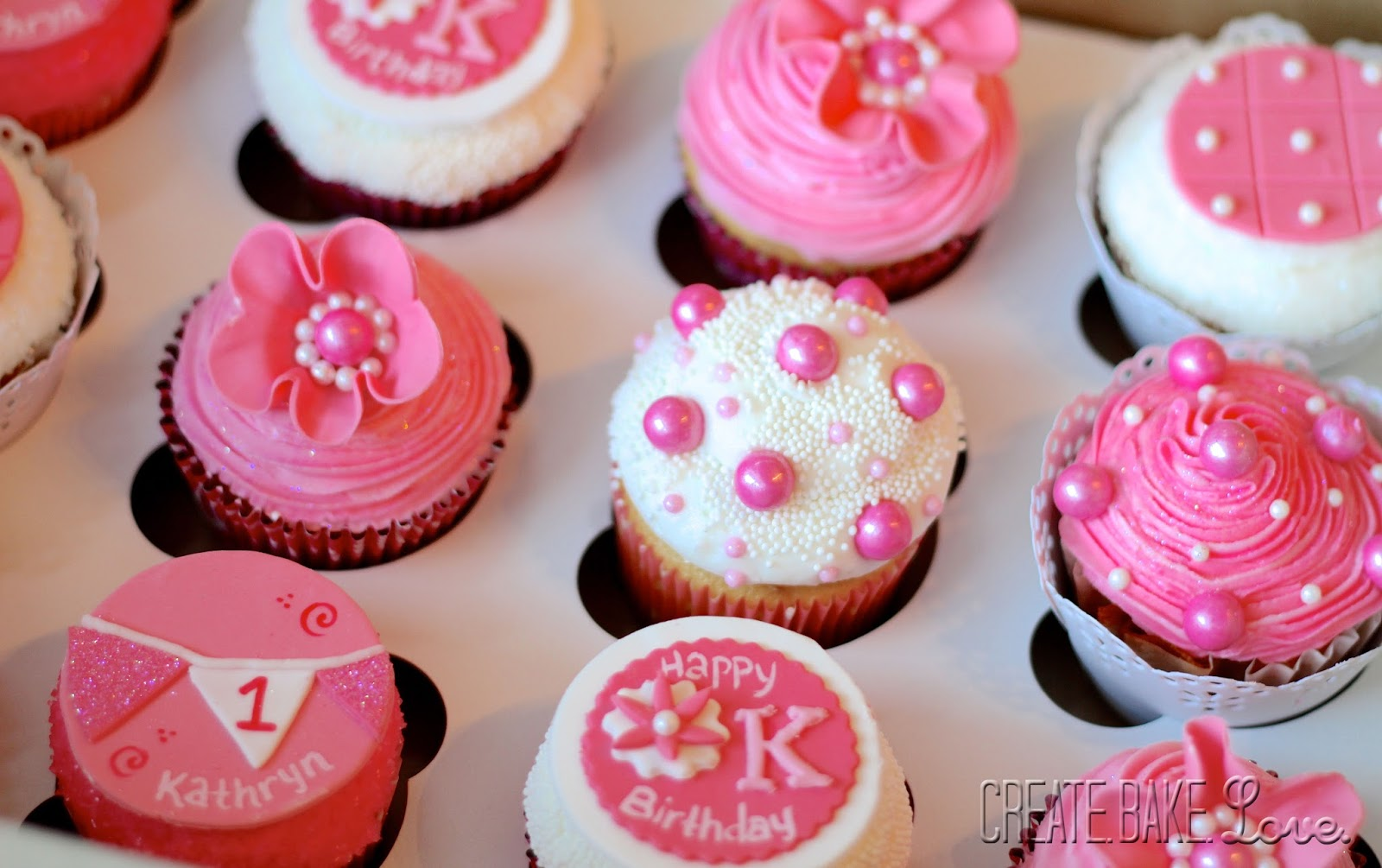 Cupcake Decorating Ideas Pink And Black : Create. Bake. Love.: Pink, Sparkly, Glittery Cupcakes