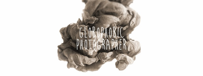 Globophobic Photographer