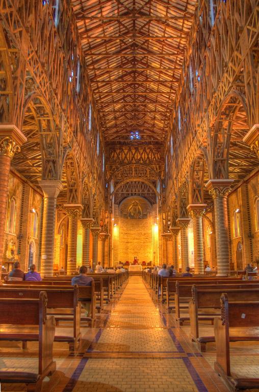 iglesia nuestra senora pobreza: