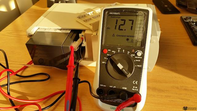Napięcie w baterii dzień po wymianie kondensatora.