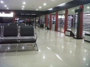 Ruang Tunggu Bandara Soekarno Hatta