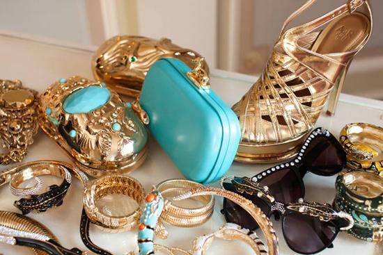 Anna-Dello-Russo-Accessories.jpg