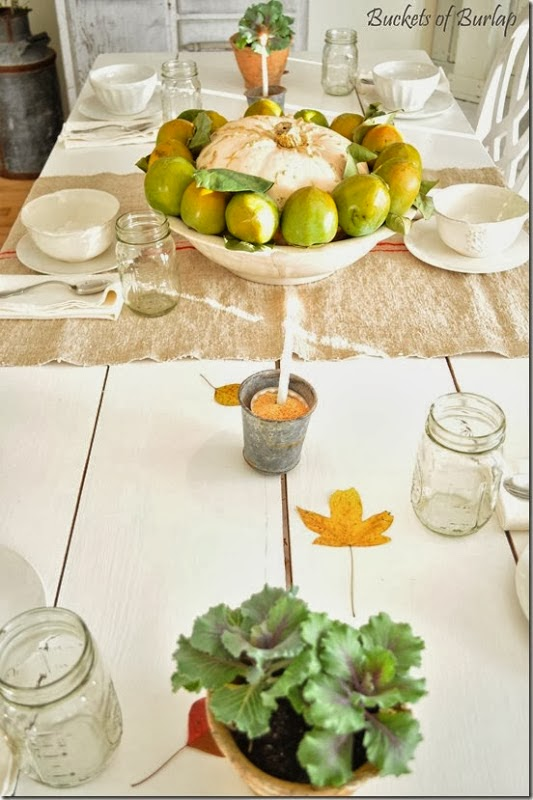 http://bucketsofburlap.blogspot.com/2013/10/a-simple-fall-table.html