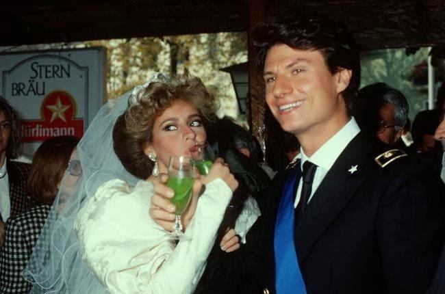 Matrimonio Romano Mussolini : Oggi sposi alessandra mussolini