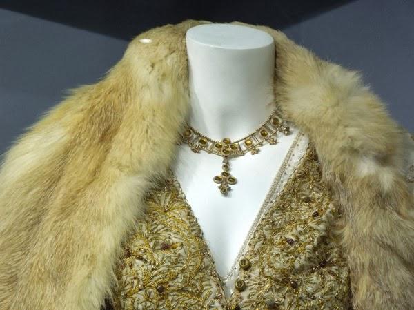 Isabella of Angoulême costume jewelry Robin Hood