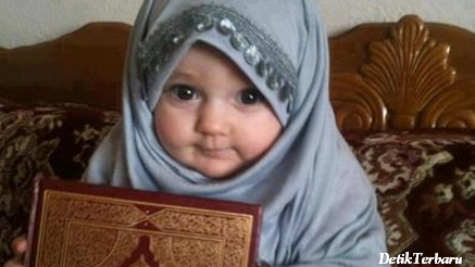Rangkaian Nama Bayi Perempuan Islam Modern Dan Artinya
