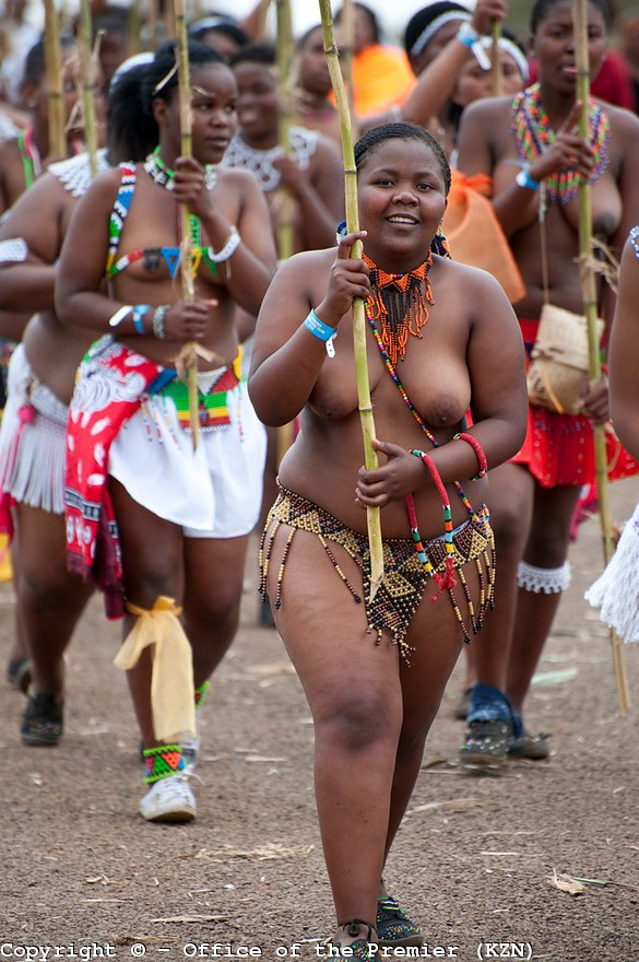 naked 16 young African tribal women