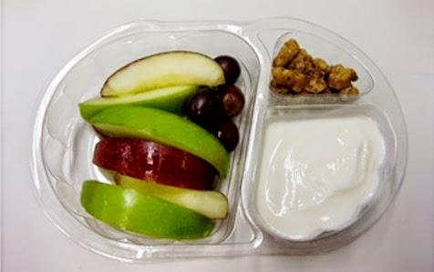 Khay nhựa đựng trái cây rau củ 04