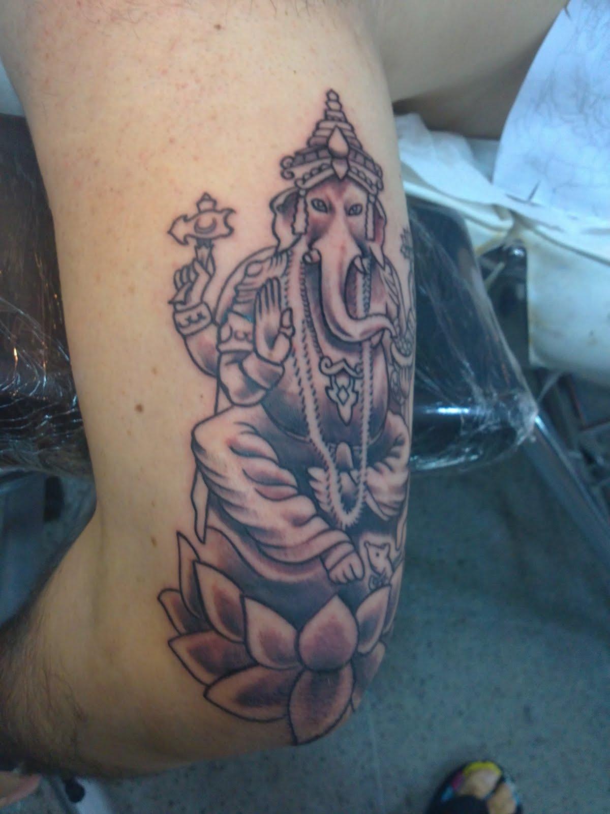 JUANPE: tatuaje de ganesha - ganesh tattoo - ganesha tatuagem